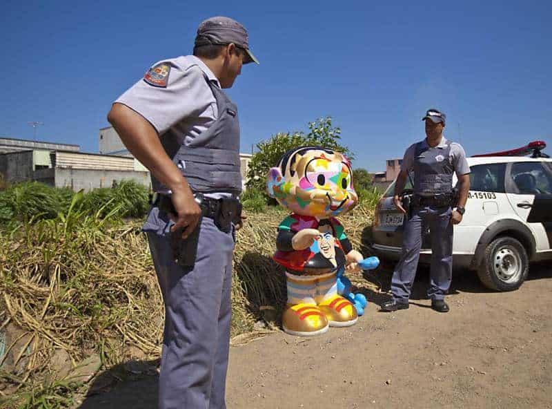 Policia resgata Monica